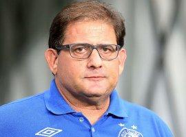 [Guto Ferreira pede tempo para acertar o time após nova derrota]