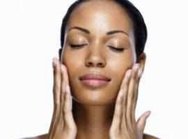 [Carnaval: confira 4 passos para cuidar da pele nos dias de folia]