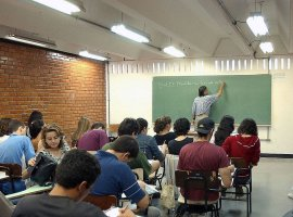 [Inscrições para o financiamento estudantil em universidades pagas começam hoje]