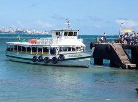 [Travessia Salvador-Mar Grande tem embarcações em tráfego e embarque tranquilo]