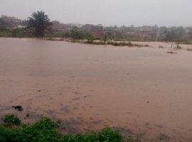 [Chuva causa transtornos em Camaçari nesta quinta-feira]