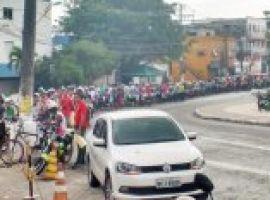 [Greve parou empresas de transportes e implanta caos no abastecimento em Camaçari]
