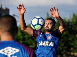 [Bahia e Palmeiras iniciam decisão na Copa do Brasil]