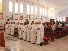 [Missa pela paz foi realizada na Catedral São Thomaz de Cantuária]
