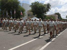 [Polícia Militar forma 300 novos sargentos na Bahia]