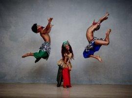 [Balé Folclórico da Bahia faz apresentações gratuitas em Camaçari]