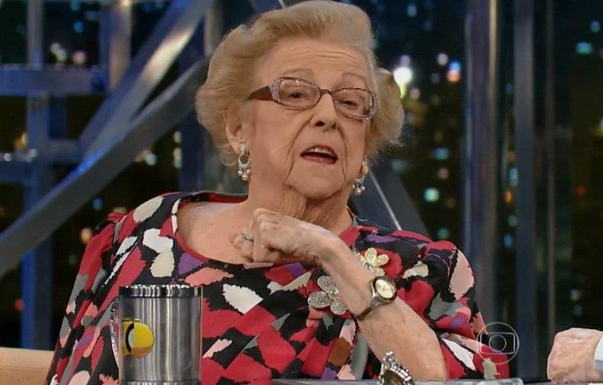 [Grande nome do teatro nacional, Etty Fraser morre aos 87 anos]