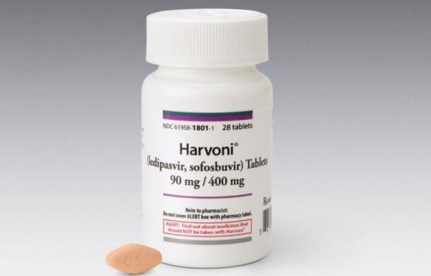[Ministério quer enviar remédio perto de vencer para paciente com hepatite C]