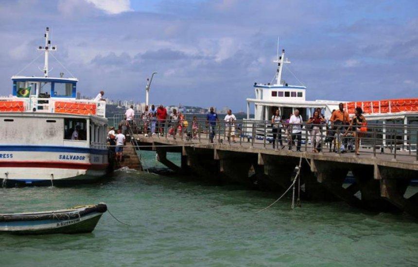 [Saídas na travessia Salvador-Mar Grande são de 15 em 15 minutos]