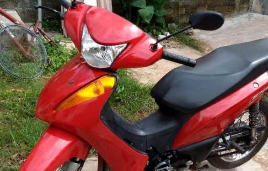 [Morador de Camaçari tem moto furtada no centro da cidade]