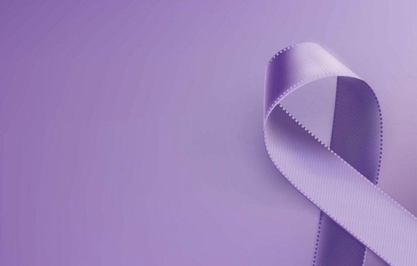 [Fevereiro Roxo alerta para conscientização sobre Alzheimer, fibromialgia e lúpus]