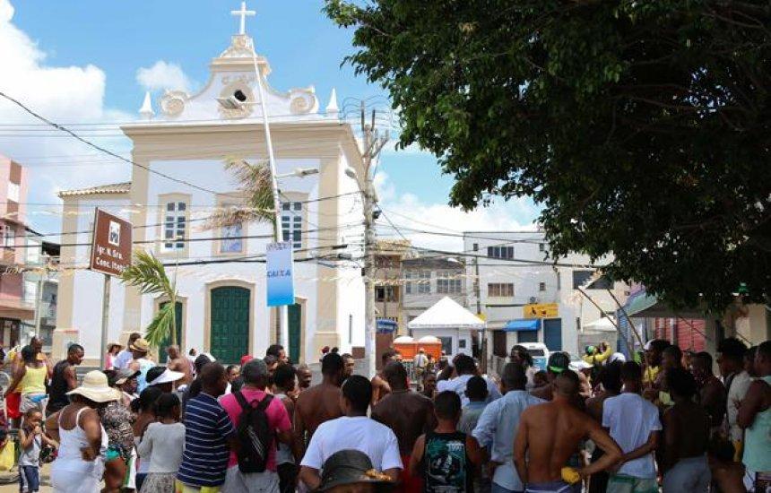 [Com 114 anos, Lavagem de Itapuã reúne fé e tradição]