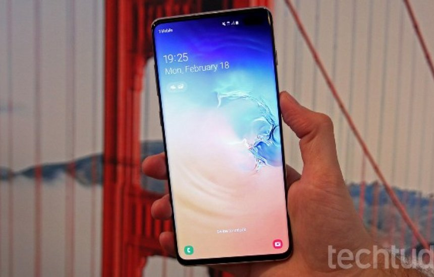 [Galaxy S10 Plus: Samsung acerta ao mudar totalmente a face do celular]