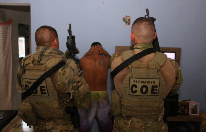 [Em operação, COE captura dois gerentes do tráfico de drogas em Camaçari]