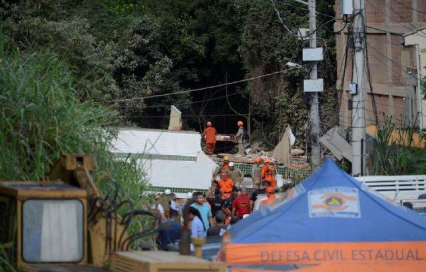 [Prefeitura do Rio inicia demolição de prédios na Muzema]