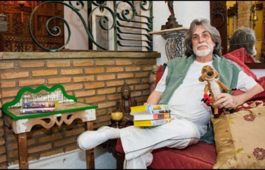 """[Dublador de Timão em """"O Rei Leão"""" morre aos 69 anos]"""