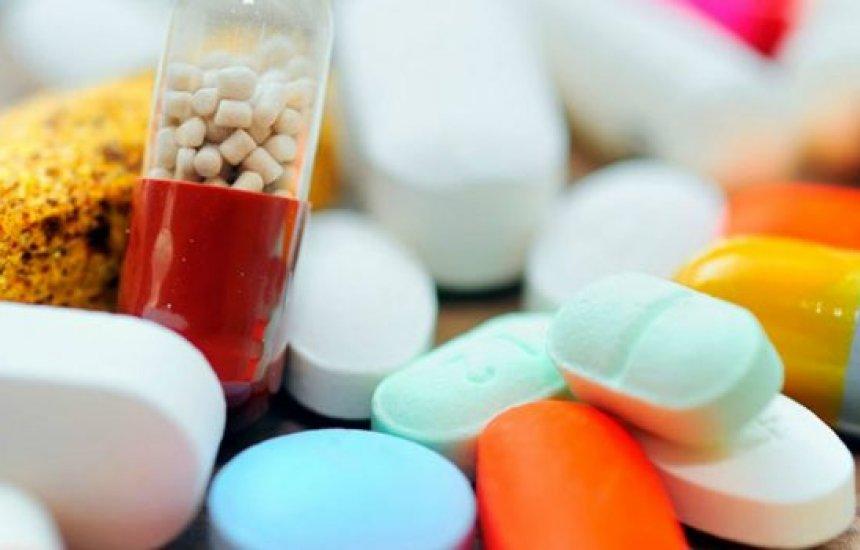 [Pacientes com HIV/Aids se preocupam com falta de medicamentos e temem piora]