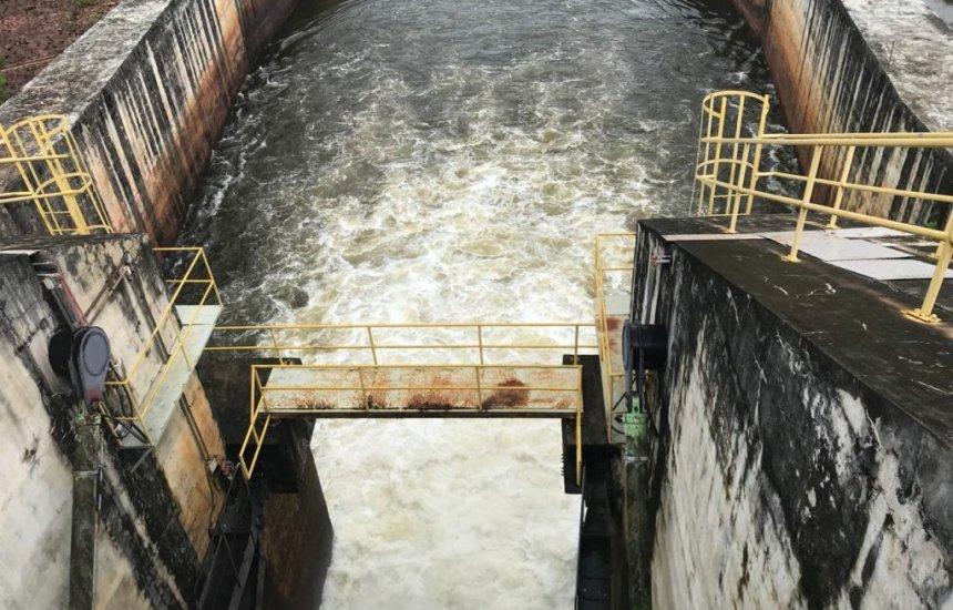 [Equipe da Defesa Civil vistoria condições da barragem de Santa Helena]