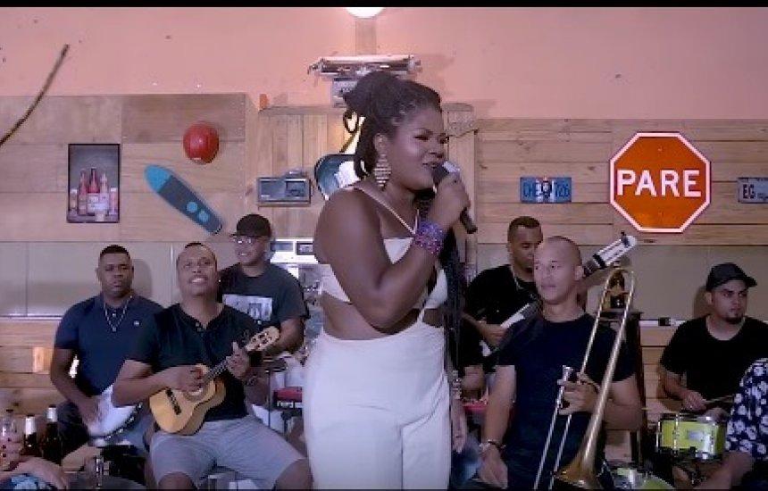 [Conheça nova música de trabalho de Elly Nascimento - (Ator Sem Talento)]