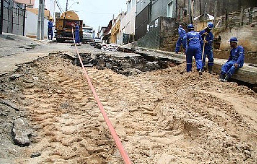 [Adutora rompe e afeta fornecimento de água em 23 áreas de Salvador]