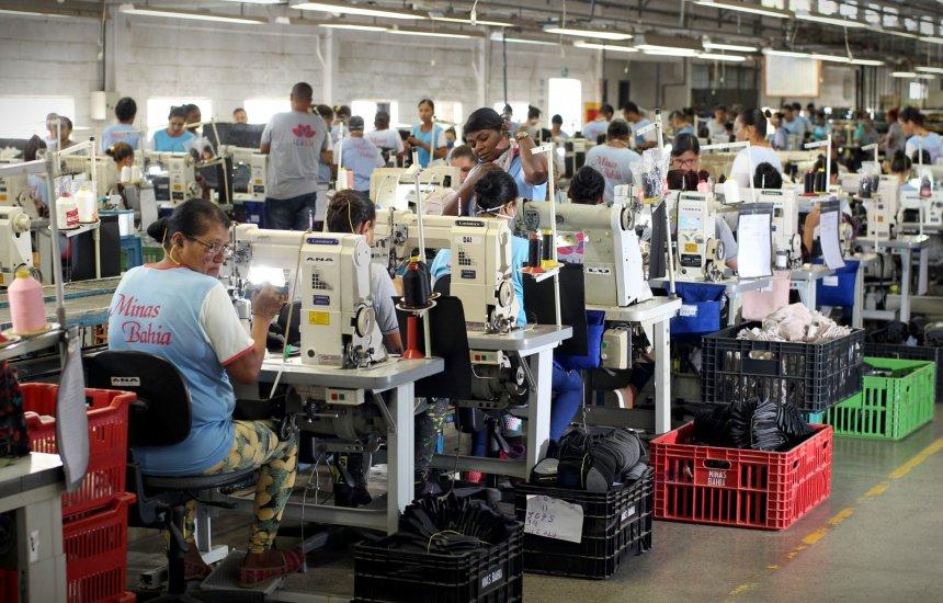 [Fábricas de calçados geram 31 mil empregos diretos na Bahia]