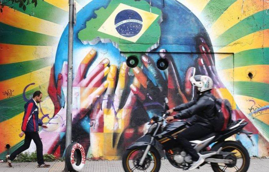 [O alívio e o alerta: Brasil não está em recessão, mas perigosamente perto]