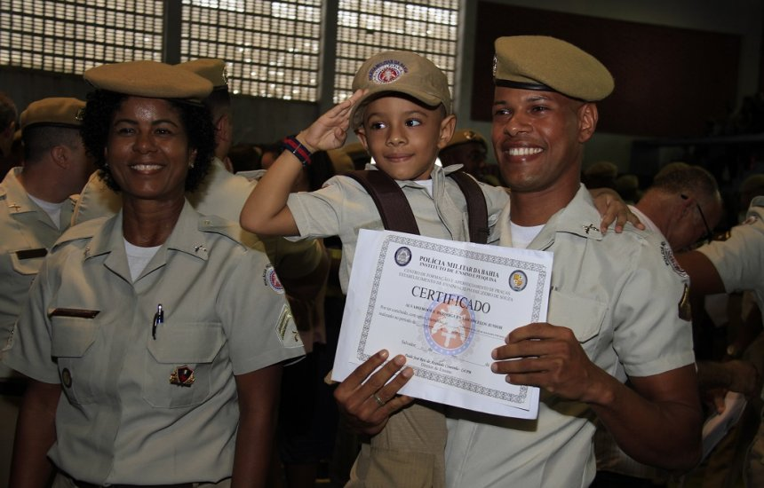 [Bahia ganha 494 novos soldados para a Polícia Militar]