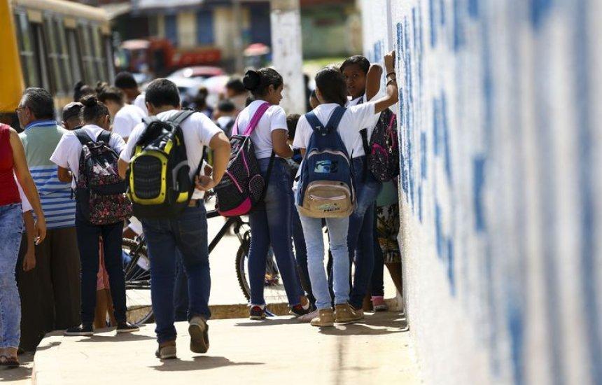 [Termina prazo para escolas confirmarem participação no Saeb]