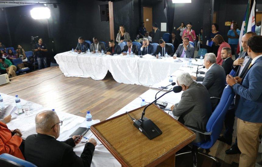 [Câmara de Camaçari solicita ao Governo do Estado a despoluição do Rio Joanes]