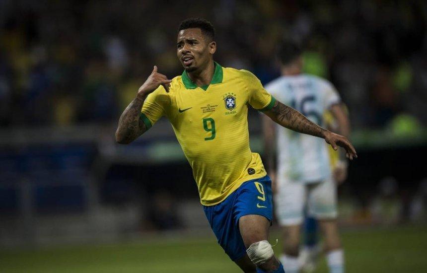 [Jesus decide, Brasil vence Argentina e vai à final da Copa América]