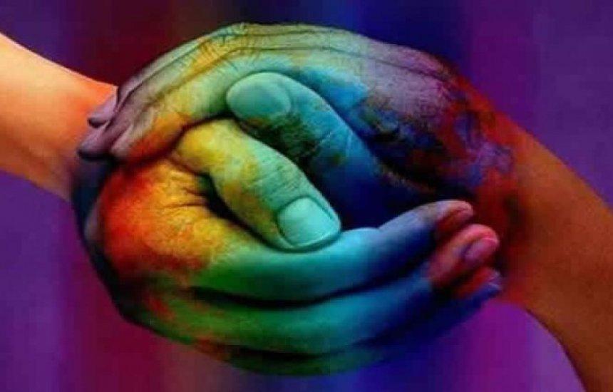 [Gerência realiza acolhimento à comunidade LGBT de Camaçari]