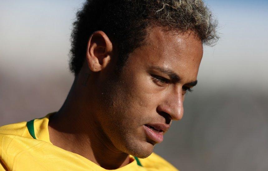 [Polícia pede prorrogação de prazo em investigação de tablet no caso Neymar]