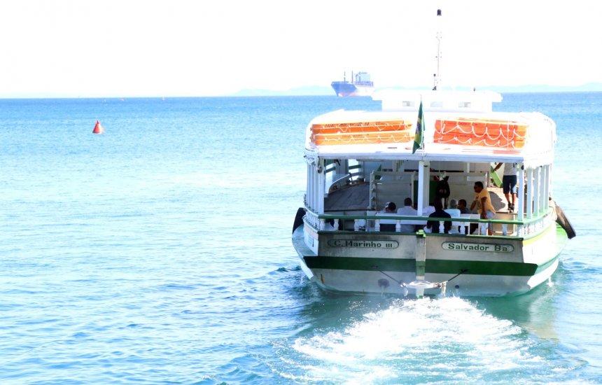 [É tranquilo fluxo de embarque nos terminais da travessia Salvador-Mar Grande]
