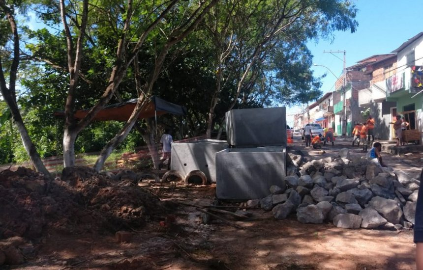 [Prefeitura realiza obra de drenagem em Arembepe]