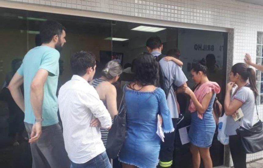Gestante reclama de falta de estrutura em laboratório da Hapvida em Camaçari