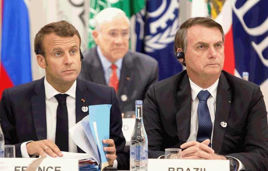 """[Macron sobre Bolsonaro: """"acho que os brasileiros têm um pouco de vergonha""""]"""