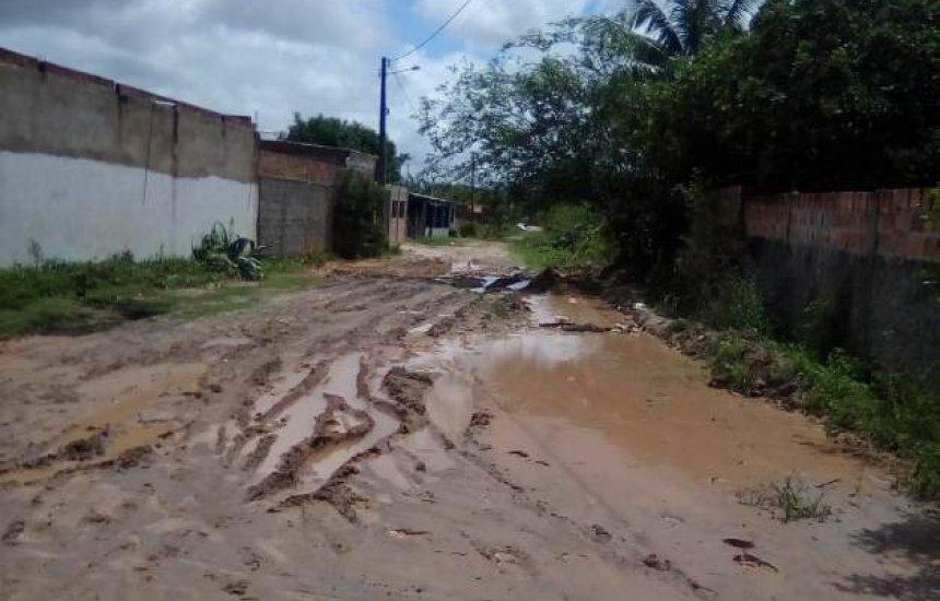 [Morador de Barra do Jacuípe diz que localidade está abandonada]