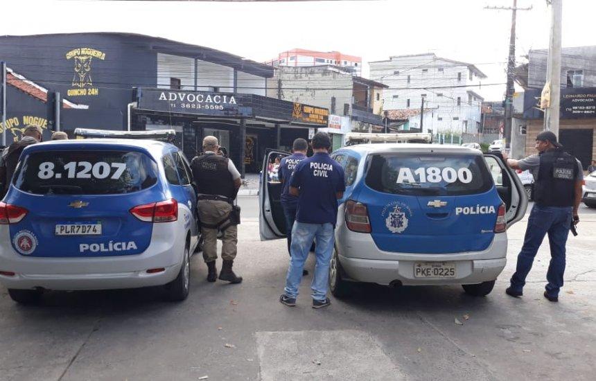 [Operação conjunta das polícias militar e civil prende foragido em Camaçari]