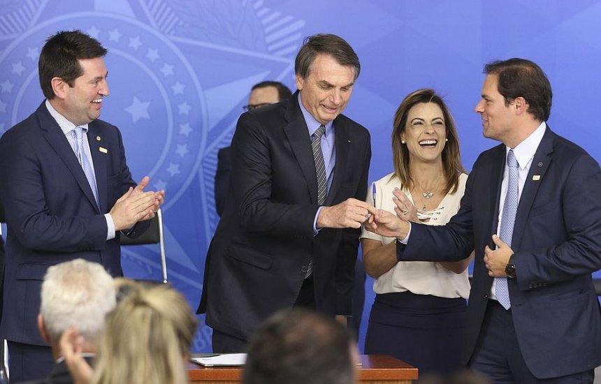 [Bolsonaro sanciona com vetos MP da Liberdade Econômica]