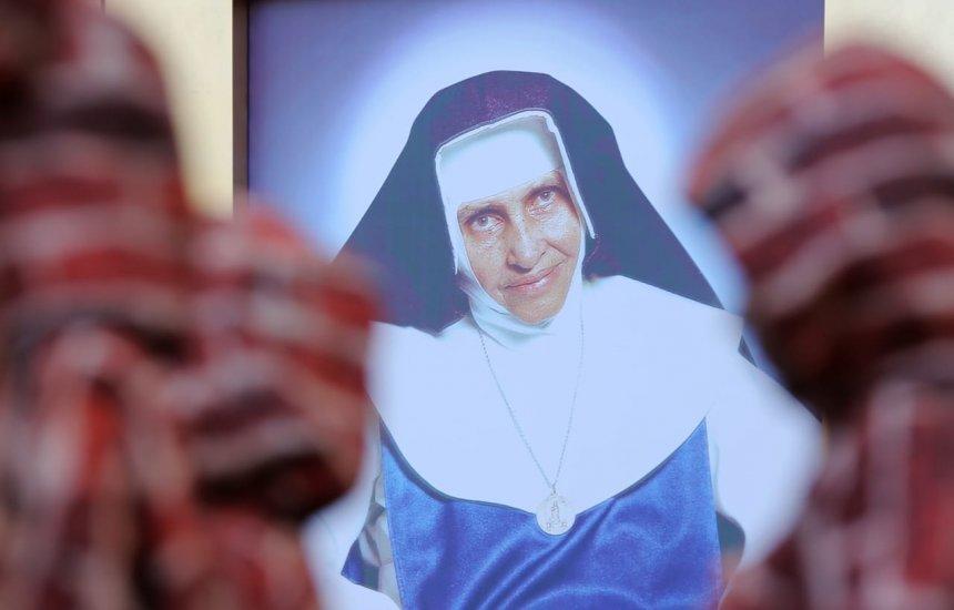 [FOTOS: Celebração da canonização de Santa Dulce dos Pobres]