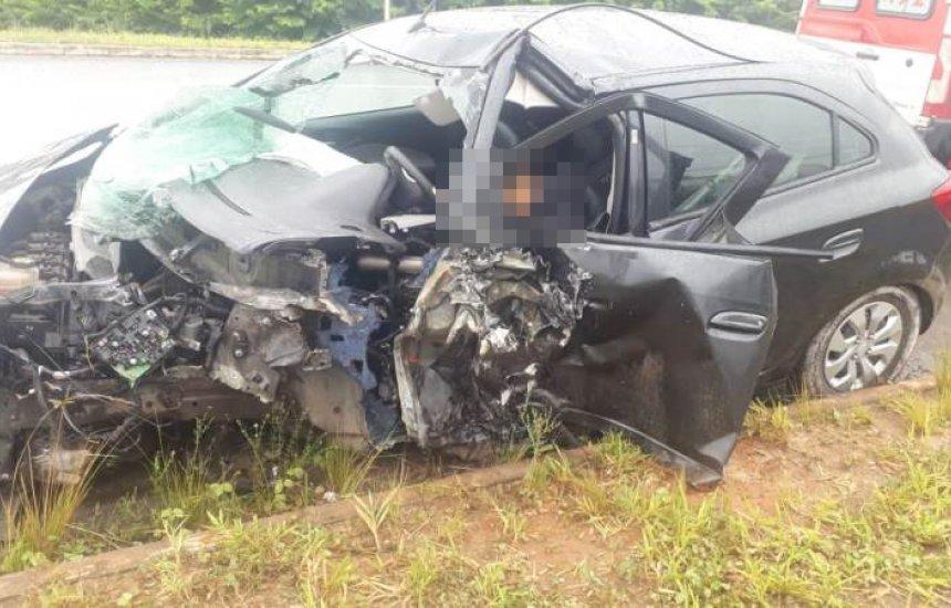 [Colisão entre dois veículos deixa um morto e outro ferido em Camaçari]