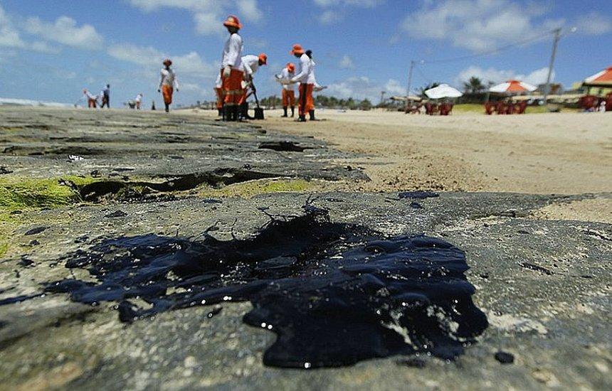 [Nordeste, RJ e ES ainda têm 433 localidades com fragmentos de óleo]