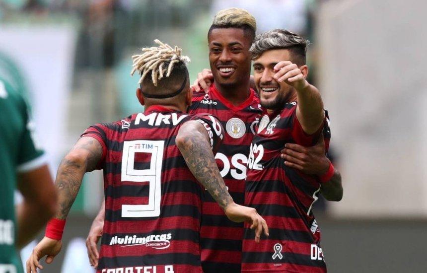 [Flamengo e Gabigol chegam a acordo financeiro e clube encaminha compra junto à Inter]
