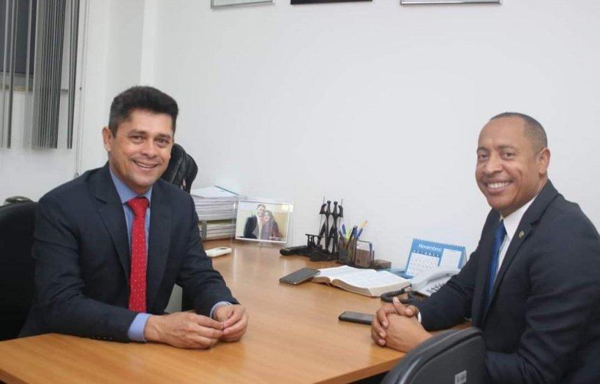 [Dep. Jurailton Santos apoia o ver. Luiz Carlos como vice-prefeito, na chapa de Bruno Reis]