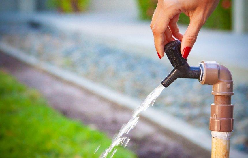 [Manutenção da Embasa compromete fornecimento de água em Camaçari]