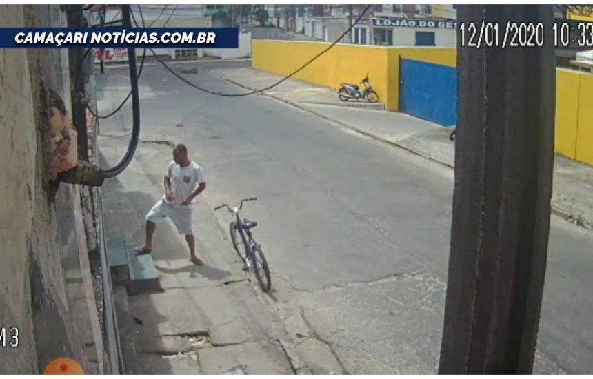 [Homem arromba casa e furta bicicleta no bairro Alto da Cruz]