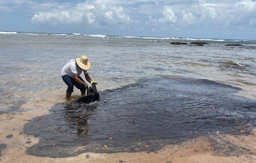 [Pescadores de áreas atingidas por óleo recebem 2ª parcela do auxílio]