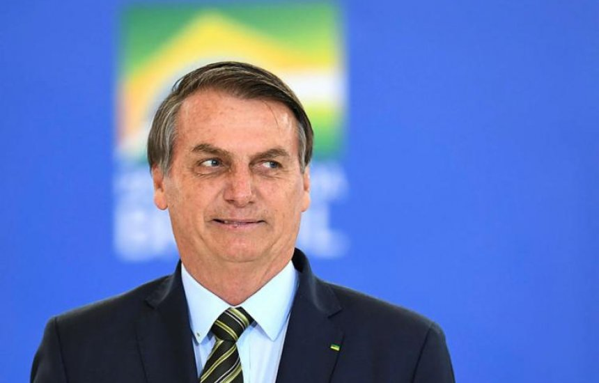 Índice de aprovação do governo Bolsonaro volta a subir, aponta pesquisa