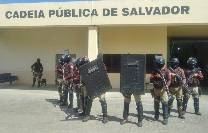 [Batalhão localiza mais de 60 aparelhos celulares no presídio da Mata Escura]