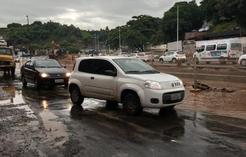 Com fortes chuvas, Salvador e região metropolitana têm pontos de alagamento